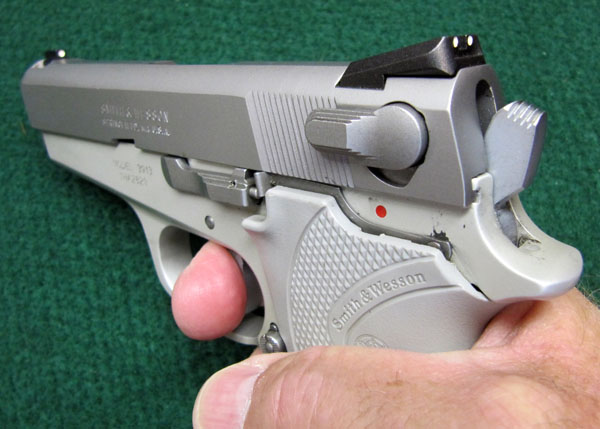 Smith and Wesson 3913 Review